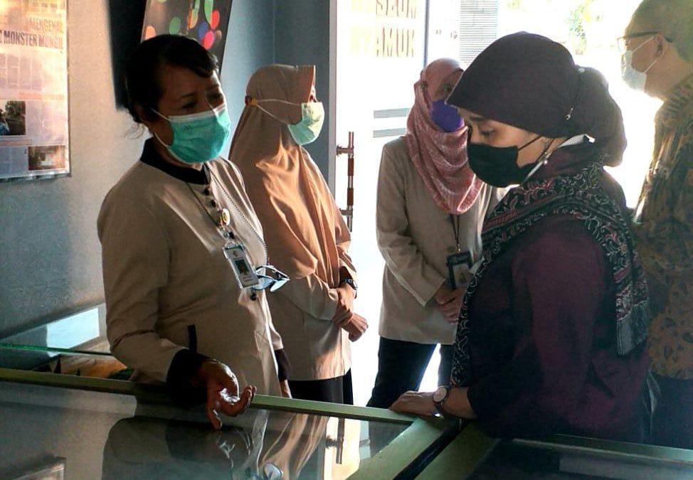 Kunjungan Kepala Museum Konperensi Asia Afrika